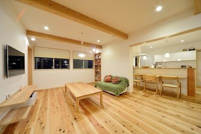 子育て世代におくる自然素材リフォーム:大阪のマンションリフォーム・リノベーションの設計