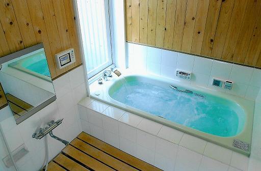 木の香りが漂う浴室:大阪のマンションリフォーム・リノベーションの設計